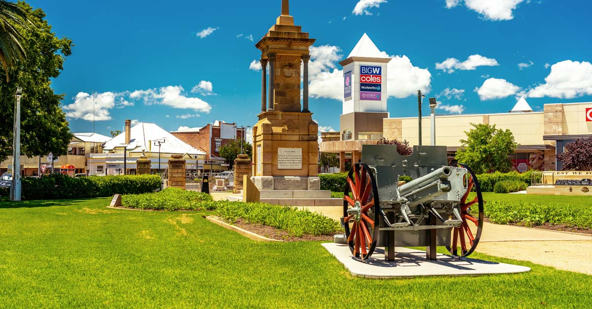 Old-Wheels-In-Motion-Rally---Queensland-Heritage-Park